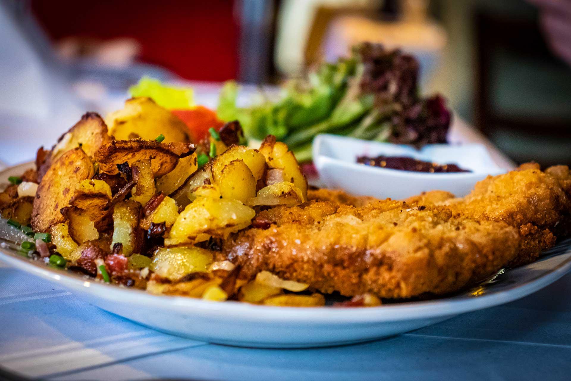 Speisen - Schnitzel - Restaurant Goldener Zwinger